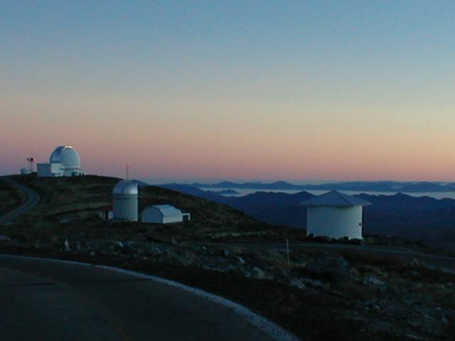 Observatoires astronomiques vus avec Google Earth - Page 2 Las_ca10