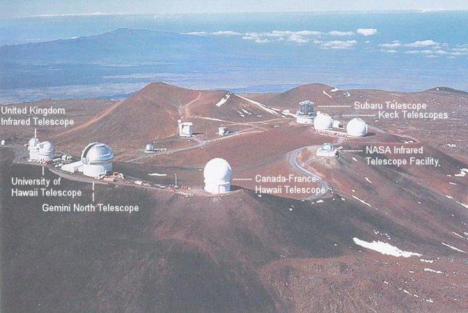 Observatoires astronomiques vus avec Google Earth - Page 12 Mauna_13