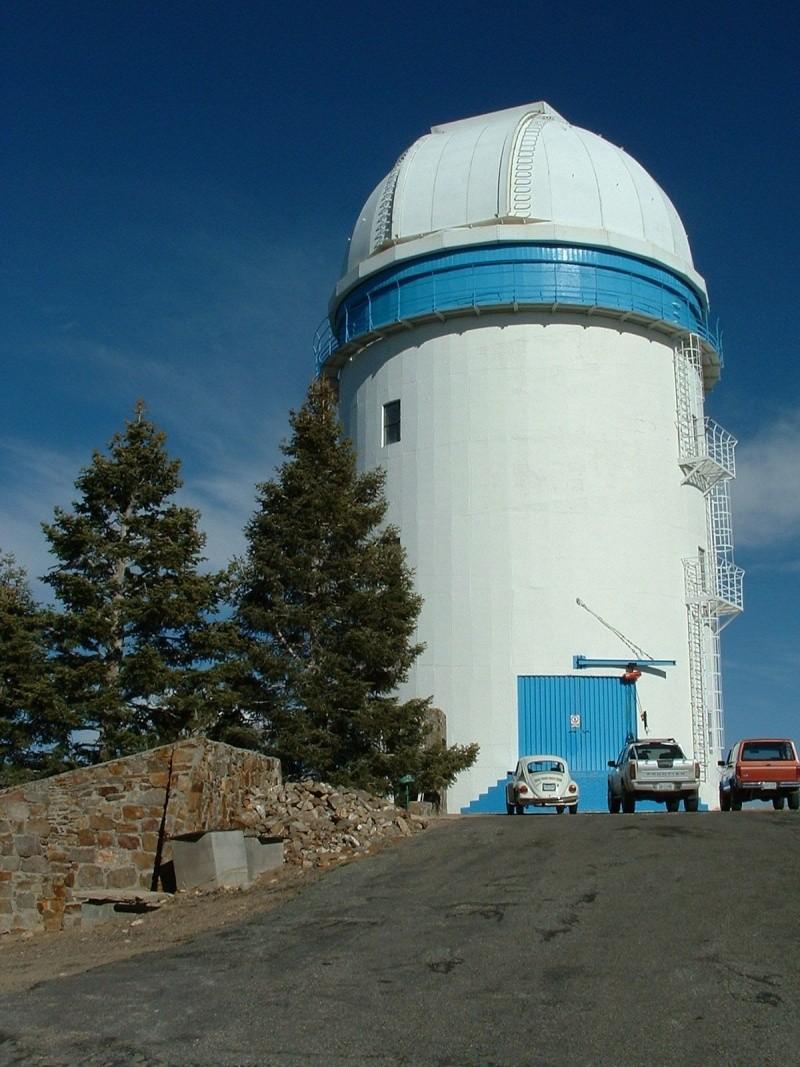 Observatoires astronomiques vus avec Google Earth - Page 6 San_pe13