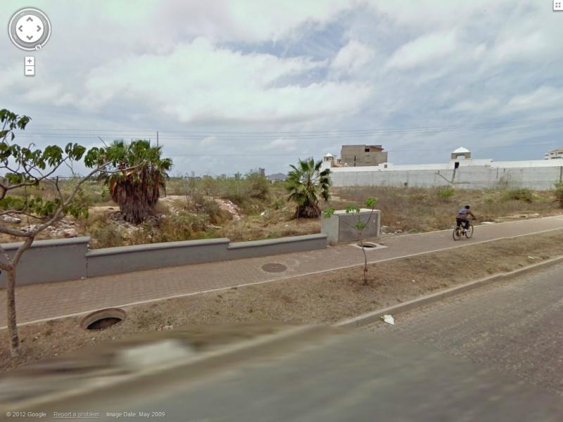 STREET VIEW : les anomalies de la route - Page 2 0123