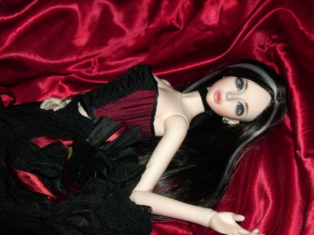 [IH pamela] Morgane, dentelles... p.6 Arrive18