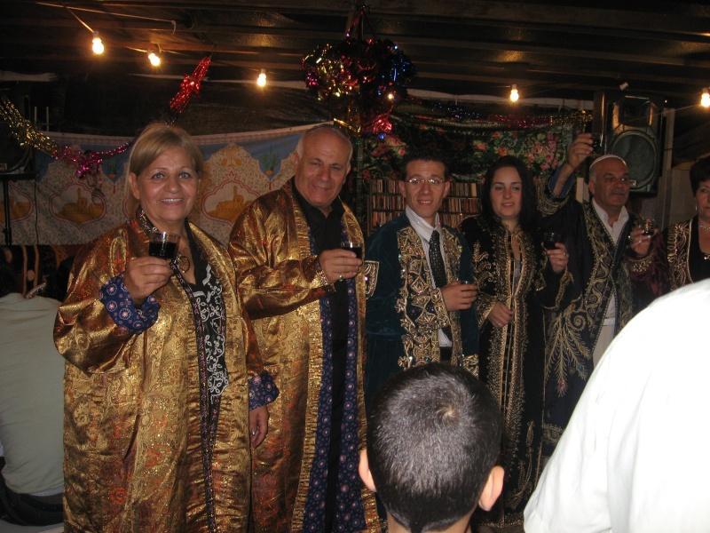 SOIR DU HENNE AVEC  LA KESOUA EL KBIRA (grande robe en arabe) Henne_10