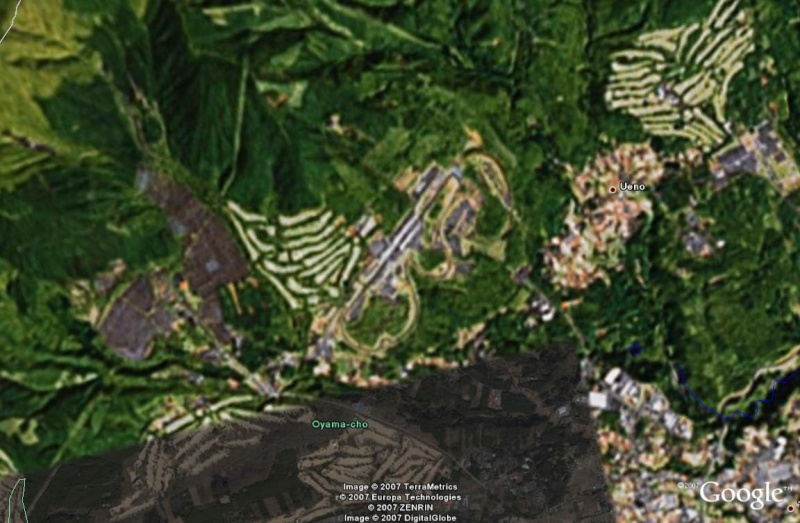 Circuits de F1 sur Google Earth - Page 2 Fuji_f10