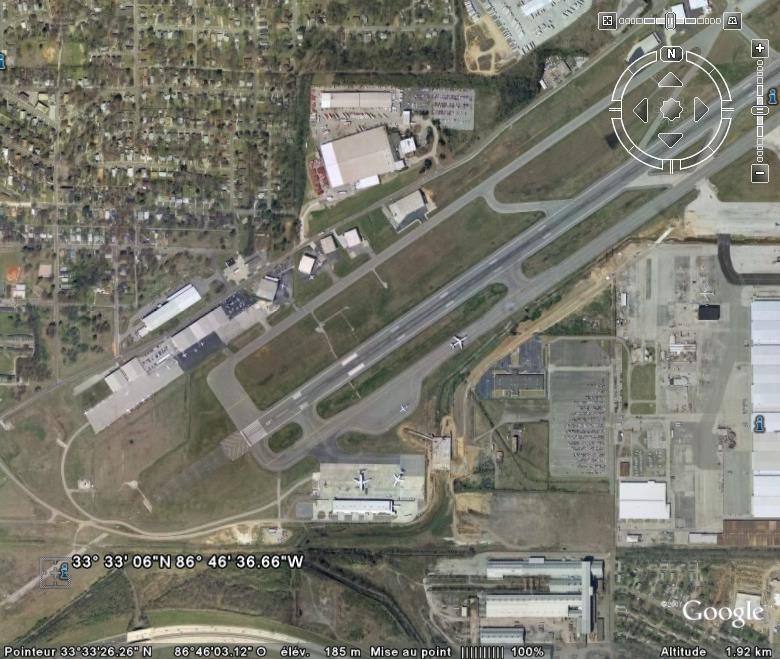 Avion: va pas tarder à se poser. Birmingham Alabama USA Atteri10