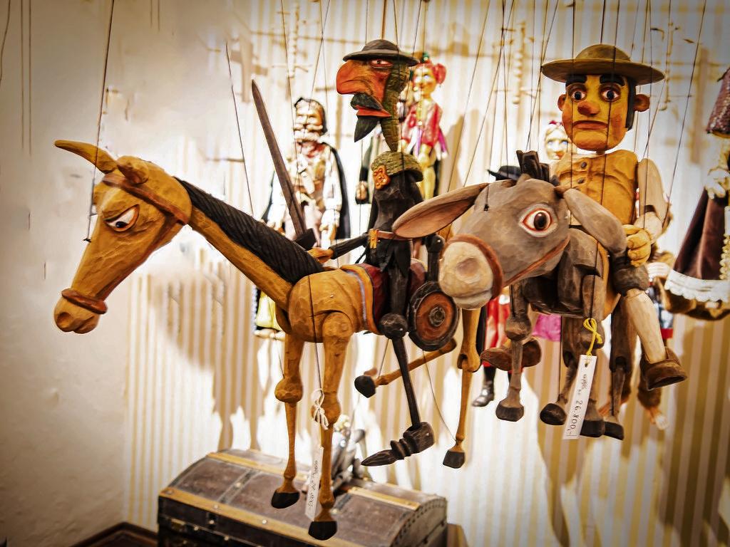 Le retour des marionnettes de Prague... 47922810