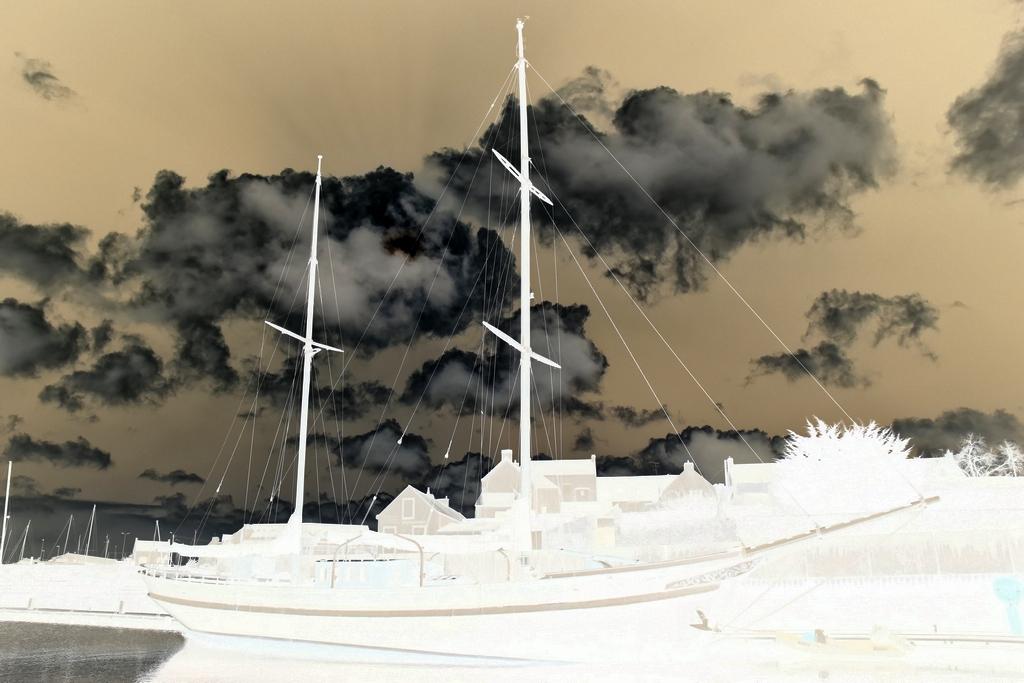 Apocalypse boat Dsc_0614