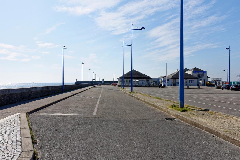 Confinement sur Quiberon , gare maritime embarcadère pour Belle Ile ! Dsc_0722