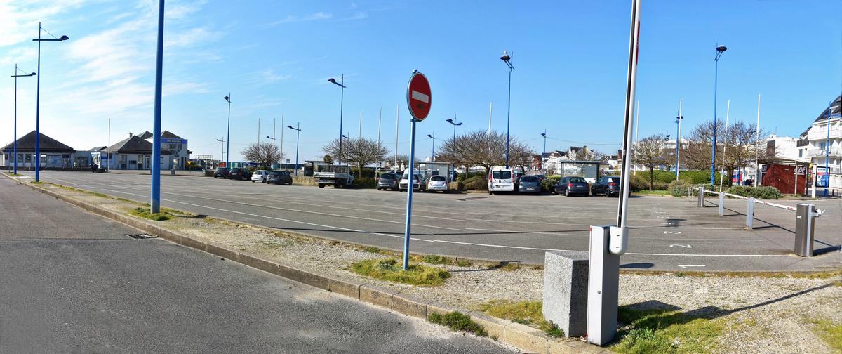 Confinement sur Quiberon , gare maritime embarcadère pour Belle Ile ! Dsc_0723