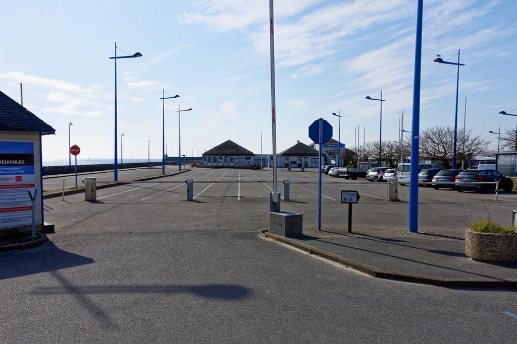 Confinement sur Quiberon , gare maritime embarcadère pour Belle Ile ! Dsc_0724