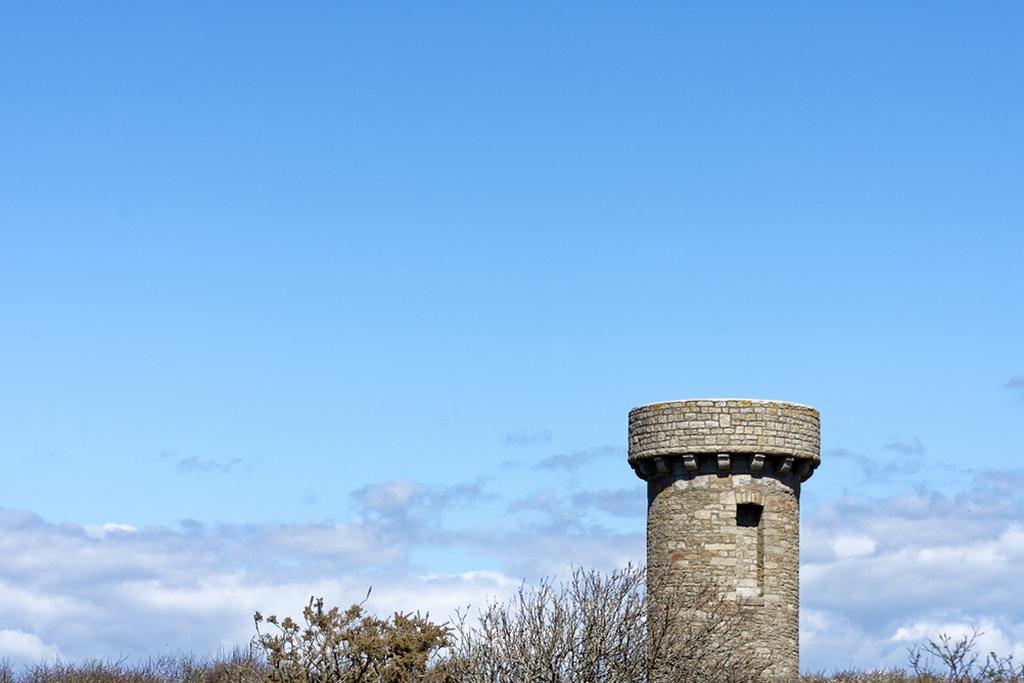 """Plus de""""tour""""de garde pour observer les avions juste le bleu du ciel  Dsc_0740"""