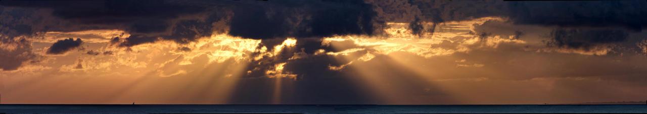Couché de soleil sur la mer ! Dsc_3629
