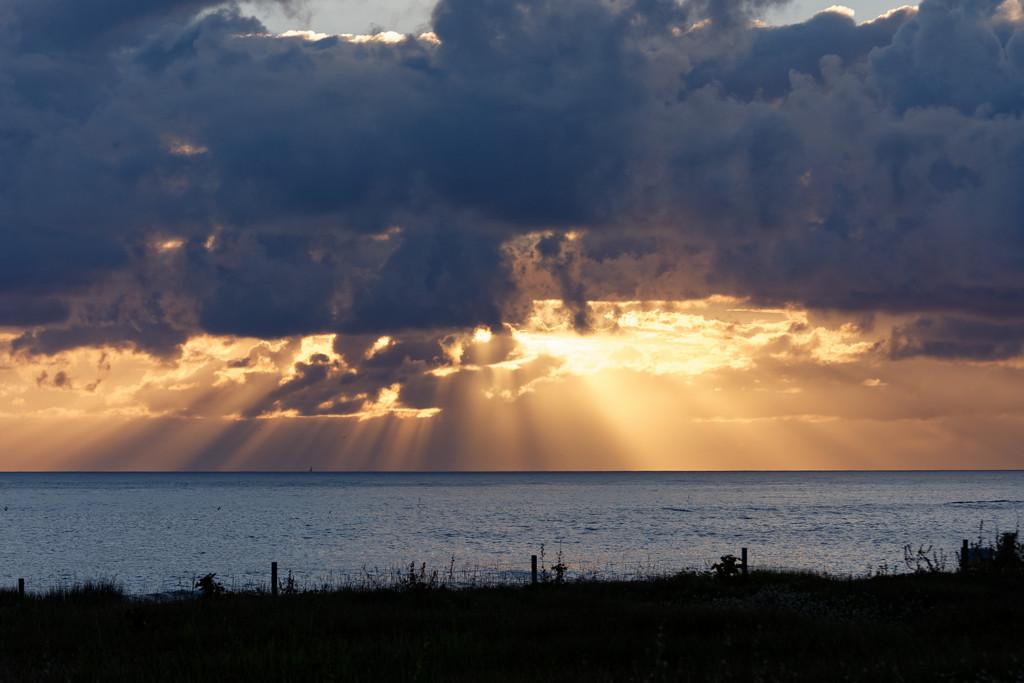 Couché de soleil sur la mer ! Dsc_3630