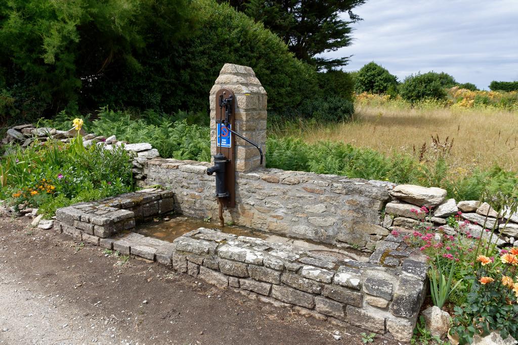 Ancienne pompe à eau rénovée ! Dsc_3721