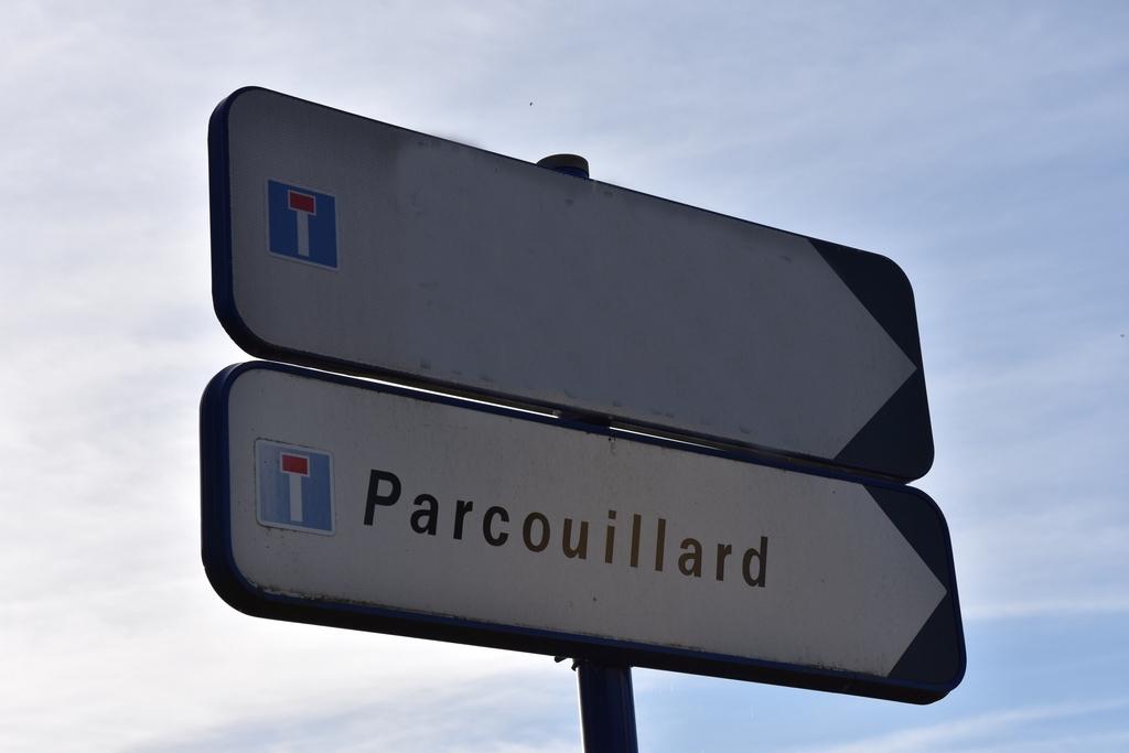 Parcour pour cou.....on ! Dsc_4328