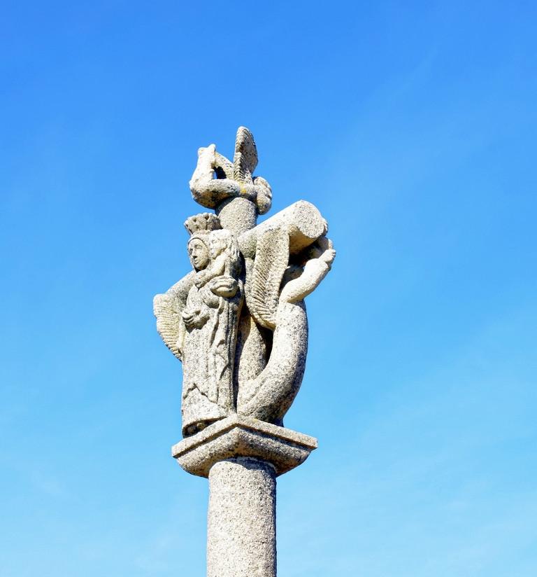 gloire à Notre Dame de Lourdes calvaire de bord de mer ! Dsc_4330