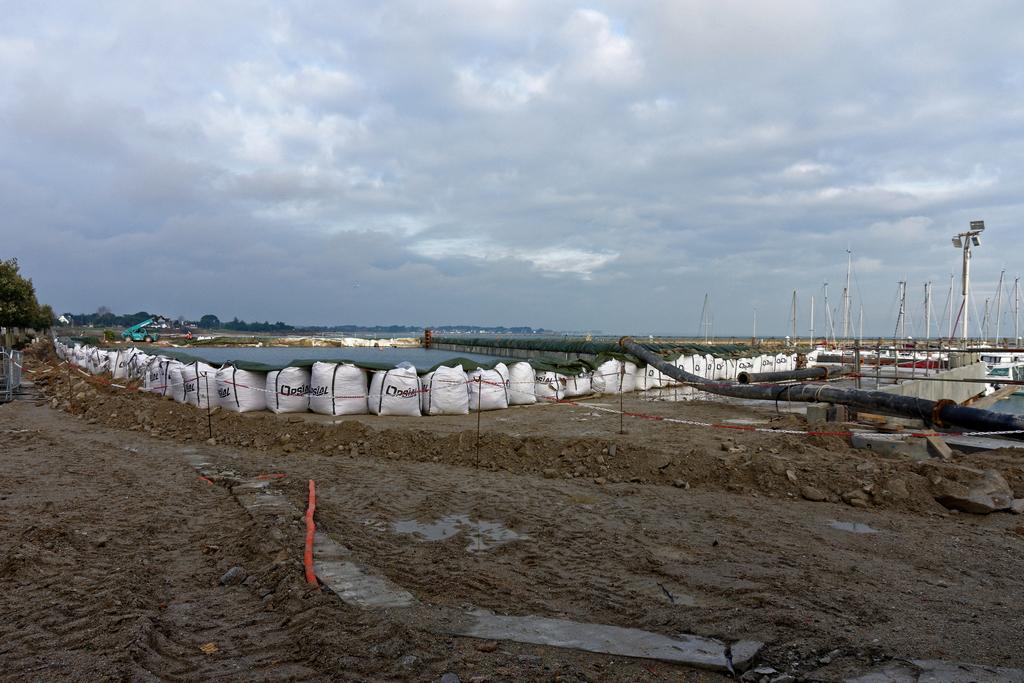 Chantier Port Haliguen Quiberon  2018 + 2019 ! - Page 5 Dsc_5010
