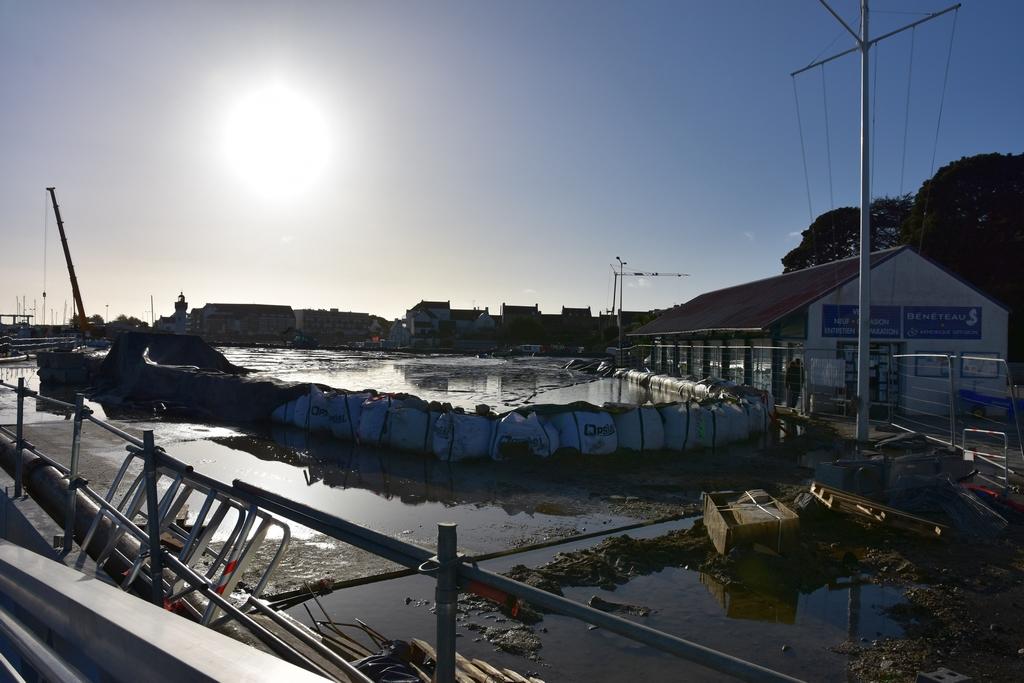 Chantier Port Haliguen Quiberon  2018 + 2019 ! - Page 5 Dsc_5229