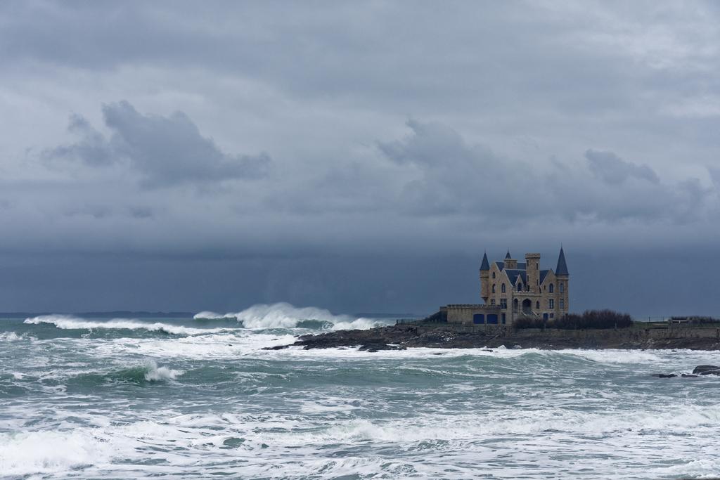 La vague et le château ! Dsc_5416
