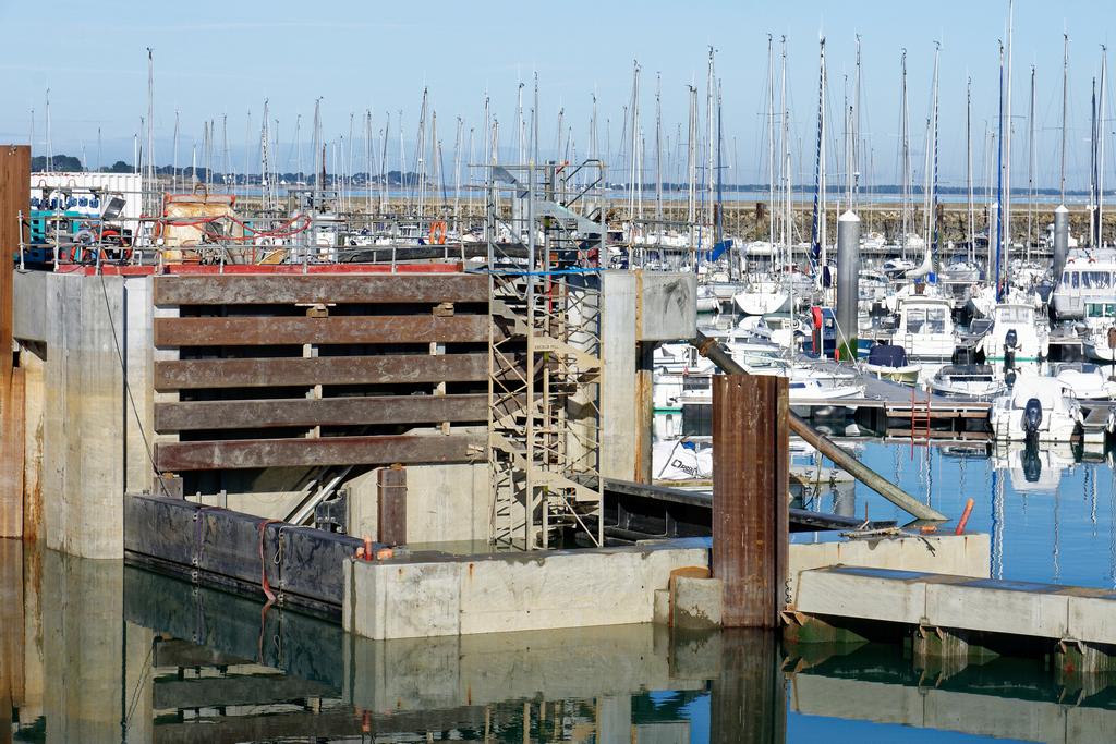 Chantier Port Haliguen Quiberon  2018 + 2019 ! - Page 5 Dsc_5424