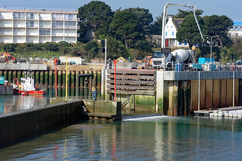 Chantier Port Haliguen Quiberon  2018 + 2019 ! - Page 6 Dsc_5926
