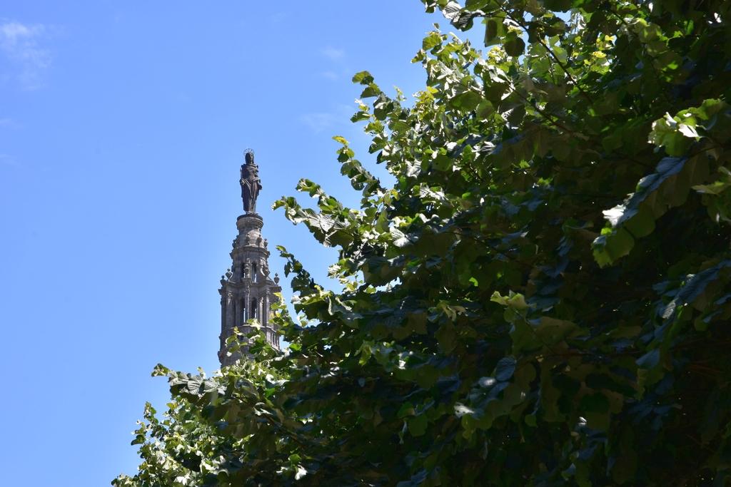 Basilique Saint Anne d'Auray +statues Dsc_6521
