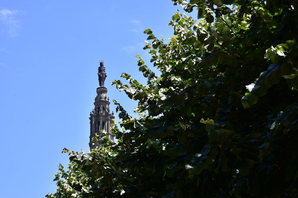 Basilique Saint Anne d'Auray +statues Dsc_6525