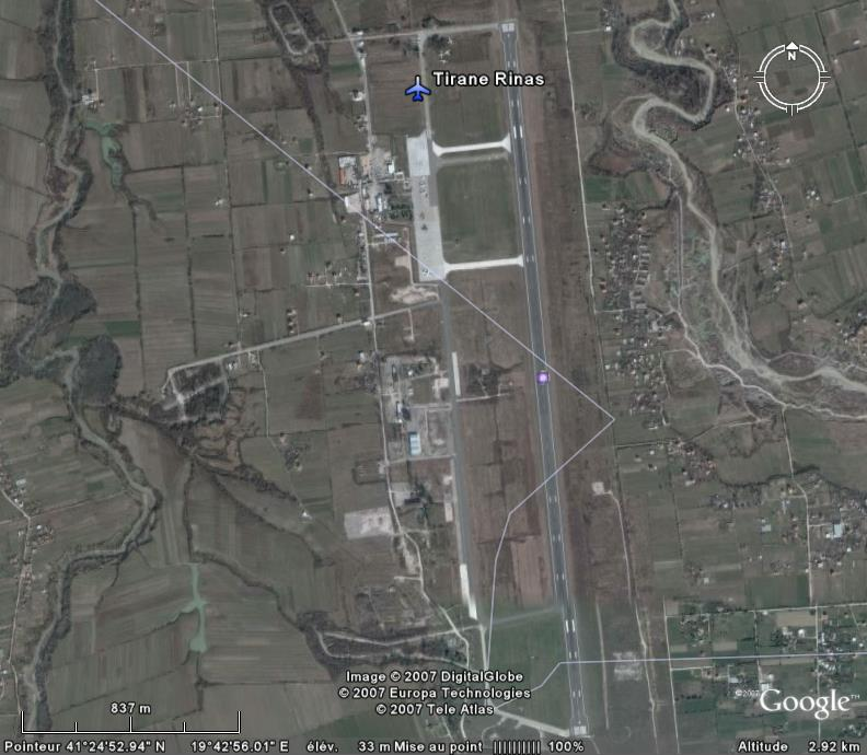 Aéroports - Page 5 Tirana10