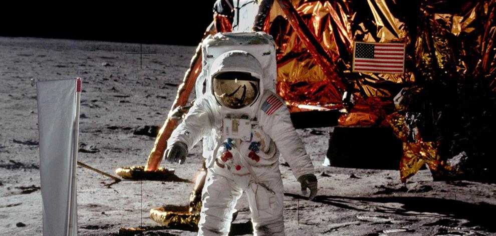 Apollo 11 - Objets anniversaire Chamb210