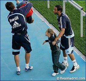 صور تدريب ريال مدريد 16/10/2007 E6703711