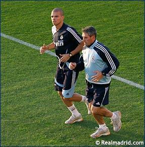 صور تدريب ريال مدريد 16/10/2007 E6703712