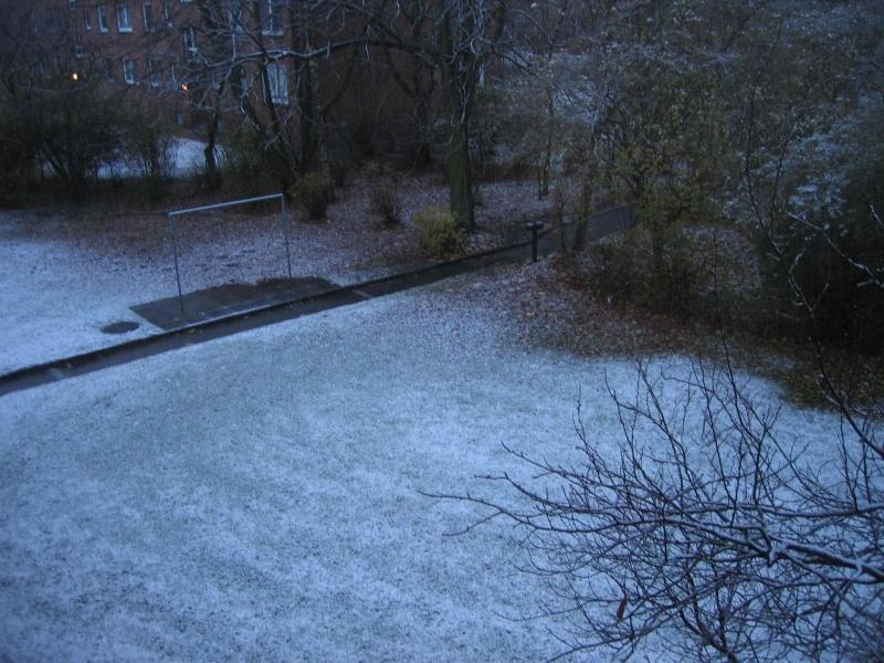 Wer hat schon Schnee vor der Haustür ? Img_6110