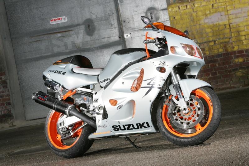 750 GSXR SRAD SEB AUTO Moto_f21