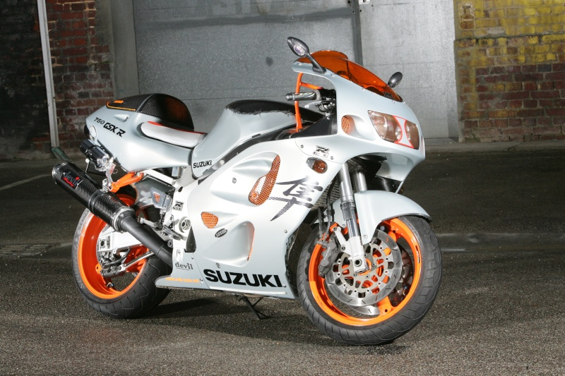 750 GSXR SRAD SEB AUTO Moto_f23
