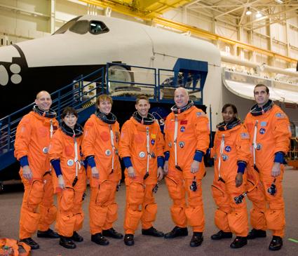 [STS-131] Discovery : préparatifs 40813210