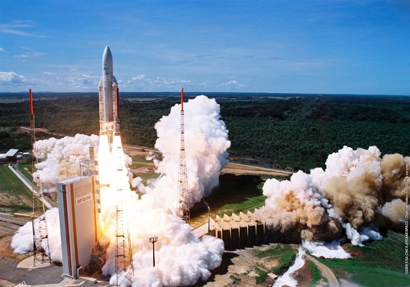 Ariane 5GS V193 / Hélios 2B (18/12/2009) - Page 8 9dec0910