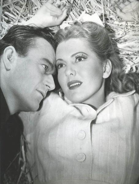 La Fille et son Cowboy - A Lady Takes A Chance - 1943 Jean_a14