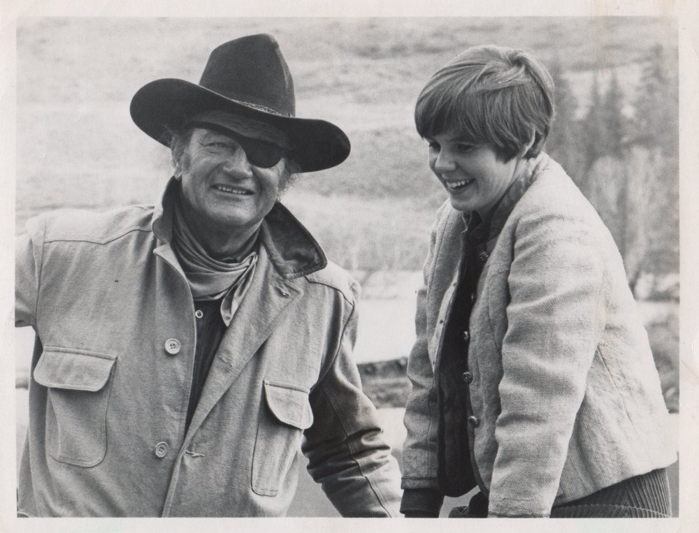100 $ pour un shériff - True Grit-1969 - Page 2 Wayne432