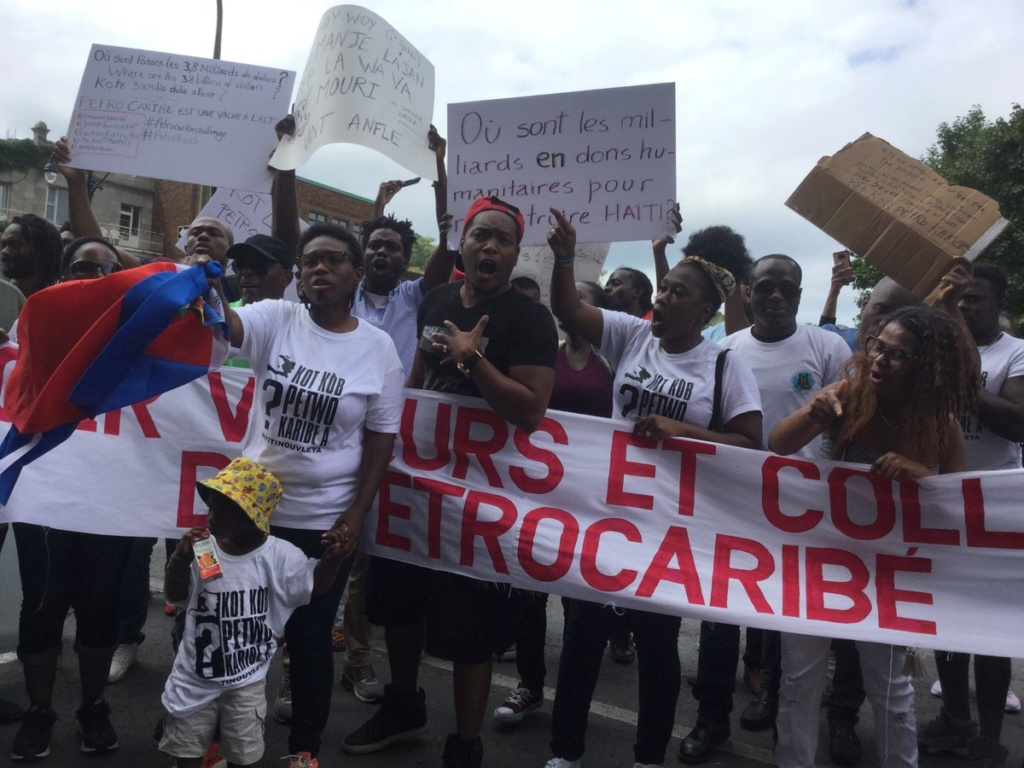 Le mouvement KoteKòbPetroCaribeA  était à Montréal  Dmcqbs10