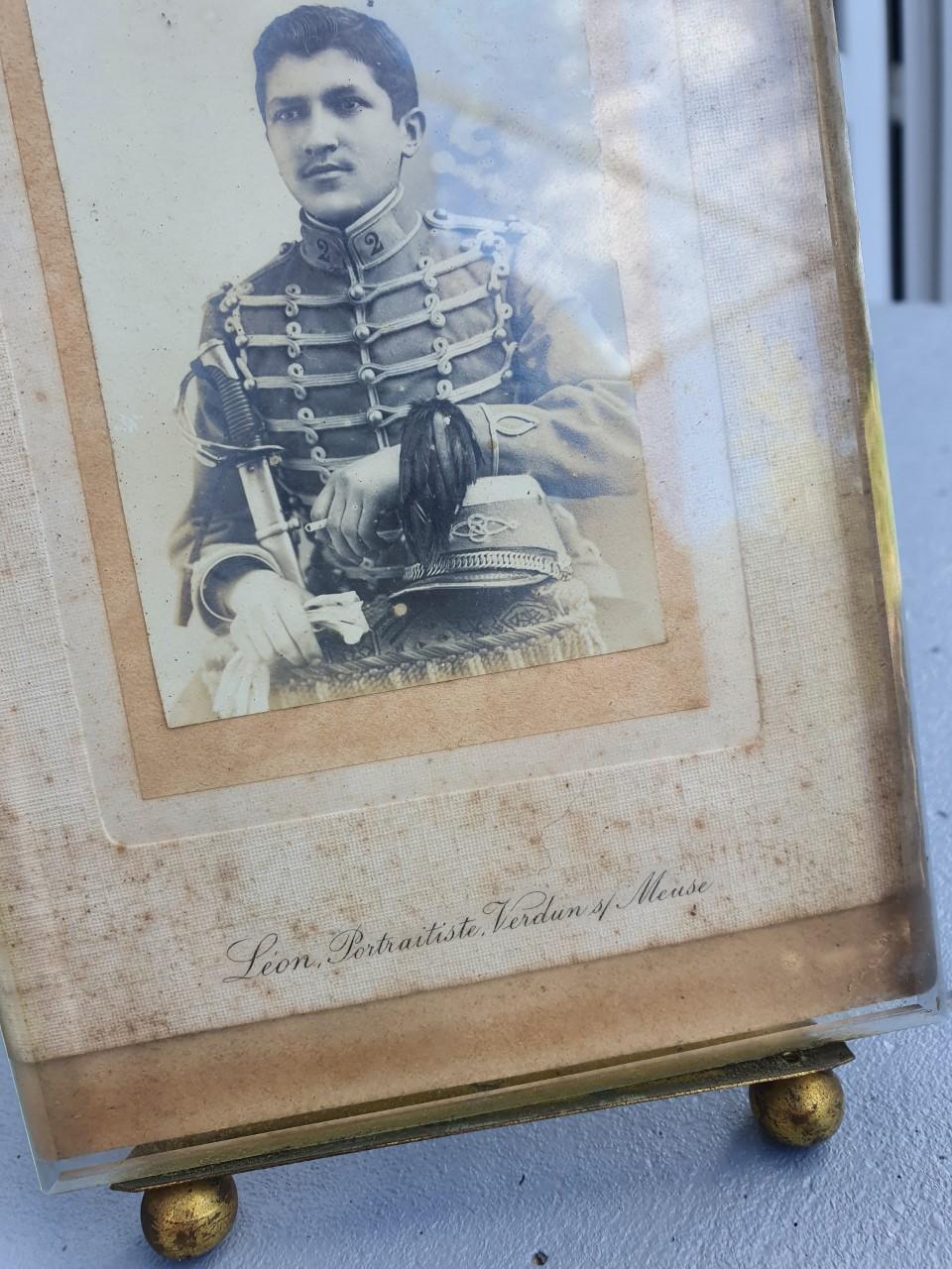 Portrait Leon portraitiste Verdun sur meuse Thumb117