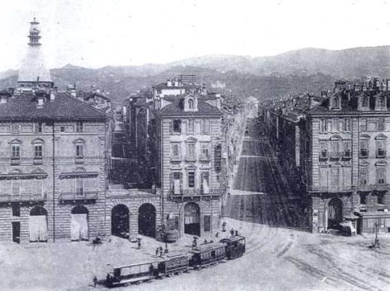 Torino in bianco e nero....... Via_po10