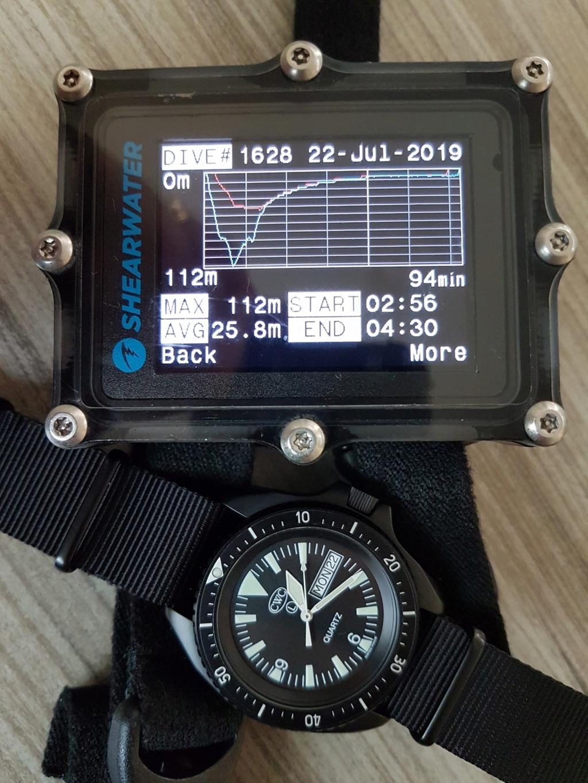 Votre montre du jour - Page 6 5f550710