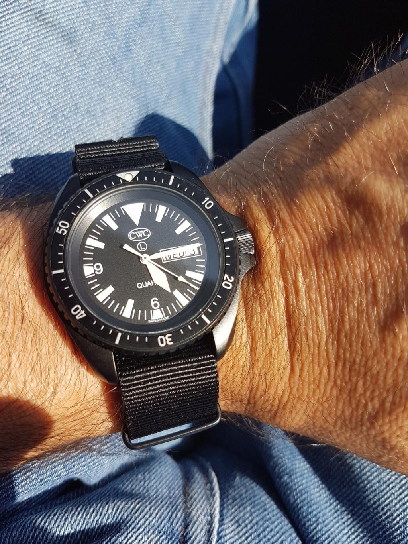 Votre montre du jour - Page 7 64e5a010