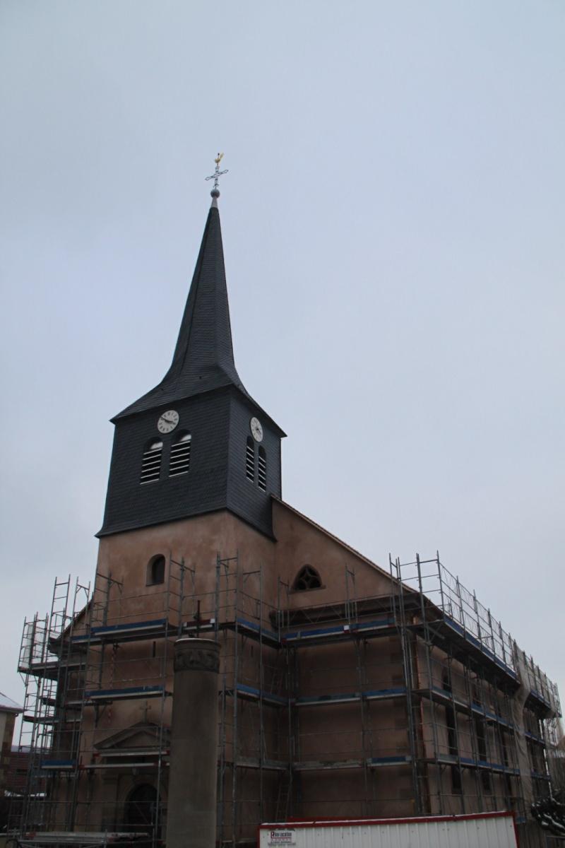 Le chantier de restauration de l'église simultanée de Wangen ... - Page 2 Img_1513