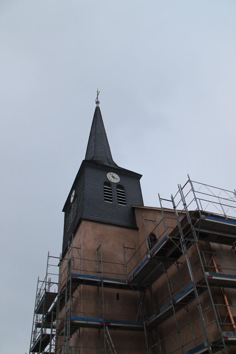 Le chantier de restauration de l'église simultanée de Wangen ... - Page 2 Img_1516