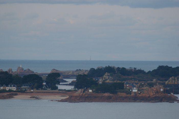 Phares et quelques feux de la baie de Saint Brieuc Imgp0611