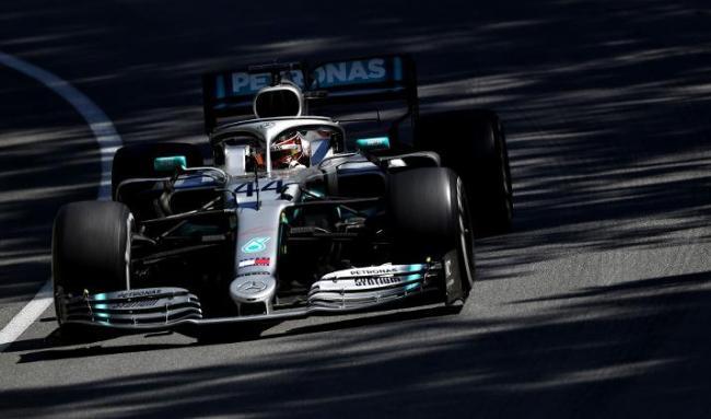 Hamilton vence mais uma porém resultado foi polêmico Lewis-10