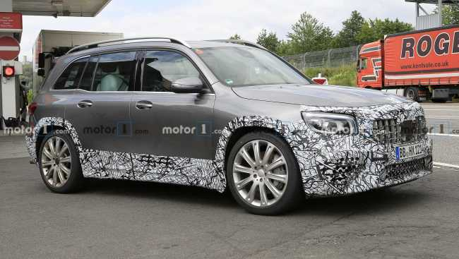 Mercedes confirma apresentação de AMG GLB e novo elétrico em setembro Merced20