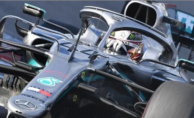 Hamilton volta a vencer e fica mais perto do hexa Tela38