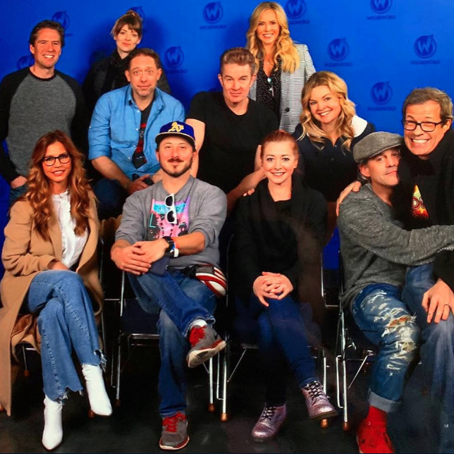 Membres du cast réunis - Page 19 Captur42