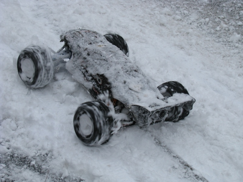 Metal-Geek et Erbe dans la neige. Img_9116